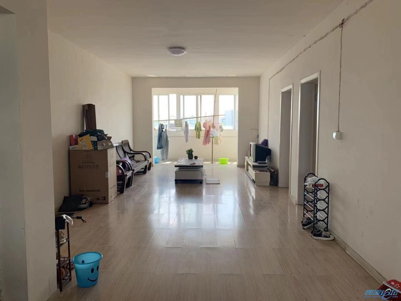 学后苑房屋出租,5楼,简装,三室一厅,一厨一卫,空调,洗衣机,太阳能齐全,拎包...